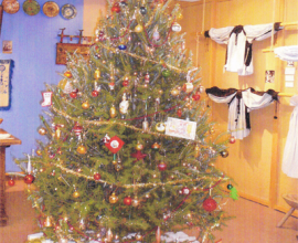 tree_youth_group_decoration